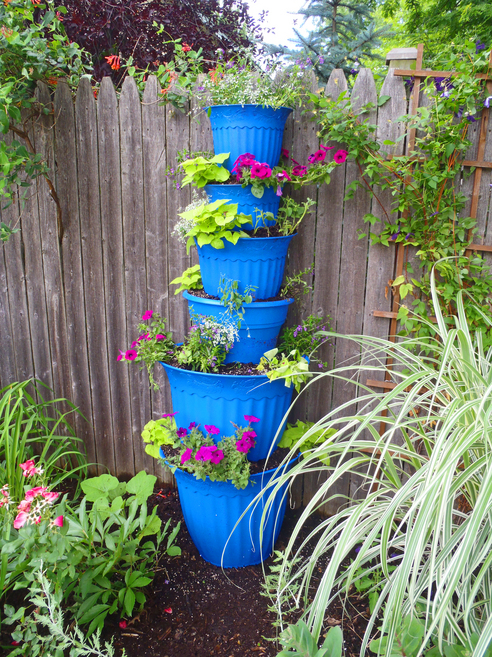 July 2010 green mom in the burbs page 2 - Garden tower vertical container garden ...